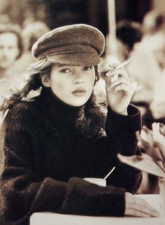 Photography vintage model kate moss 51 ideas - List of affordable cars Vintage Photography, Beauty Photography, Fashion Photography, Kate Moss Stil, Moss Fashion, Queen Kate, 90s Models, Ella Moss, Vintage Models
