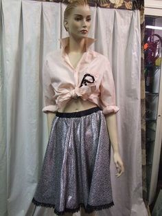 '50s Women 50s Costume, Costumes, Midi Skirt, Sequin Skirt, Green Fashion, Sequins, Normcore, Spin, Skirts