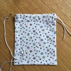 No more paper bags, to us the bulk Coin Couture, Crochet Christmas Gifts, Crochet Gifts, Sewing Hacks, Sewing Tutorials, Sewing Online, Diy Organisation, Creation Couture, Thread Crochet