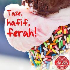 Baklavadan içi bayılanları, taze ve hafif gelato'larımızla ferahlamaya bekleriz! #AbbasWaffleAnkara #AbbasGelato #İyiBayramlar C'est Bon, Gelato, Sprinkles, Waffles, Birthday Cake, Candy, Instagram Posts, Desserts, Food