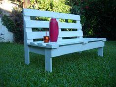 DIY garden bench wooden pallets ideas blue painted