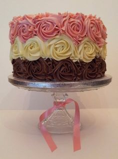1000+ ideas about Rose Swirl Cake on Pinterest | Swirl Cake, Pink ...