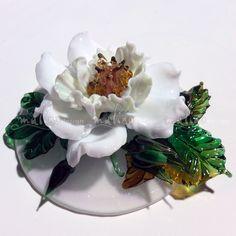 ArtStudio MalinoDesign. Rosehips. author's work. colored glass. lampwork. diameter 11 cm