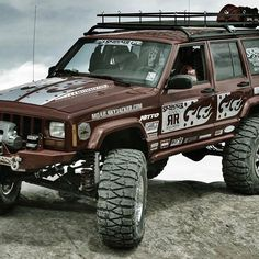 Helluva Cherokee Jeep Xj Mods, Jeep Wj, Jeep Wagoneer, Jeep Truck, Rc Trucks, Cool Trucks, Badass Jeep, Lifted Jeeps, Jeep Commander