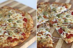 Oi pessoal, a receita de hoje é uma massa de pizza que leva somente dois ingredientes e fica pronta rapidinho!! Sabe aquela hora que bate uma vontade de comer pizza e você não tem ideia de como fazer a massa e está cansado de comprar aquelas massas de supermercado? Então, essa massa é perfeita paraVer Receita