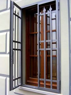 Home Window Grill Design, Iron Window Grill, Window Grill Design Modern, Grill Door Design, Balcony Railing Design, Door Gate Design, Window Design, Iron Doors, Home Interior Design