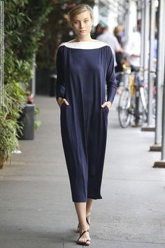 Yeohlee (Spring-Summer 2015) R-T-W collection at New York Fashion Week  #HuiJunZhang #KadDiallo #KristinaKulyk #LizzyGlynn #NewYork #SamanthaXu #Yeohlee See full set - http://celebsvenue.com/yeohlee-spring-summer-2015-r-t-w-collection-at-new-york-fashion-week/