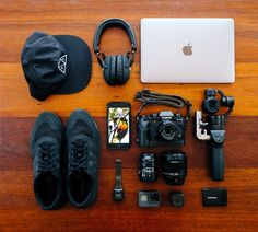 What In My Bag, What's In Your Bag, Man Photography, Photography Equipment, Technology Gadgets, Electronics Gadgets, Bling Bling, Gopro, Edc Everyday Carry