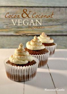 Cupcakes veganos de cacao y coco. Cocoa and coconut vegan cupcakes.