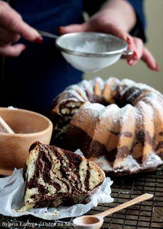 BABKA ZEBRA Bunt Cakes, Good Food, Yummy Food, Food Cakes, Sweet Bread, Coffee Cake, Cake Recipes, Chicken Recipes, Sweet Tooth