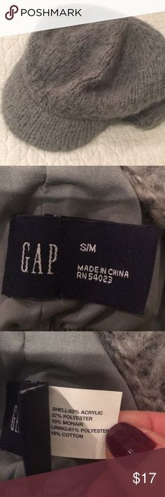 Gap Grey Lined Winter Women's Cap, S/M This hat is very cute on. Keep yourself warm and fashionable at the same time. GAP Accessories Hats