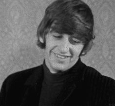 me when I'm in new territory and I don't have friends or beatlemaniacs around me. Ps I still don't have beatlemanias around me :(