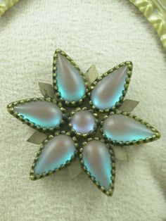 Stunning-Victorian-Edwardian-Saphiret-Star-Burst-Pin-Brooch-Fancy-Bezel-Setting