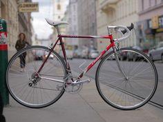 F.Moser Classe mehrfarbig - vintage reanimiertes custom bike Vintage Bicycles, Custom Bikes, Retro, Cyclists, Biking, Trial Bike, Custom Motorcycles, Custom Bobber, Vintage Bikes