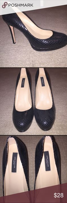 "💵 BOGO Ann Taylor platform snake skin pumps Ann Taylor snake skin platform pumps. In perfect condition, worn once. Only wear on soles. Size 9.5. 4.4"" hidden platform heel (looks like 5"") pet free smoke free home! 💵 BOGO FREE all items marked. Add both to bundle and offer price of one! Shoes Heels"