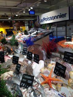 Carrefour France. Geweldig: de verse vis afdeling van een Franse supermarkt!