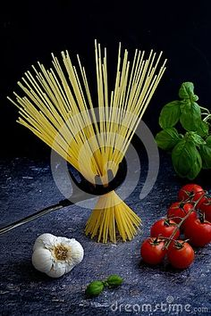 Italian Spaghetti Pasta With Basil, Tomatoes And Garlic Stock Photo - Image of healthy, bunch: 111793396 Tomato Basil Pasta, Dark Backgrounds, Tomatoes, Garlic, Spaghetti, Stock Photos, Nice, Healthy, Image
