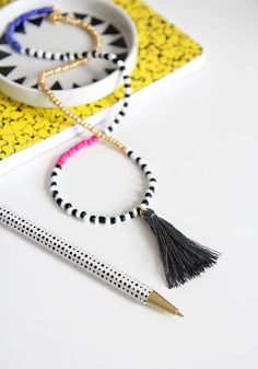 As soon as the weather starts getting warmer the bracelet making begins! My wardrobe for the last couple weeks has solely consisted of the colors black & white, so this is my first attempting at intro