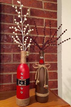 DIY Christmas decorations craft ideas with wine bottles, reindeer decorations tinker with children . - DIY Christmas decorations craft ideas with wine bottles, reindeer decorations tinker with children - Wine Bottle Vases, Wine Bottle Crafts, Bottle Labels, Wine Decanter, Medicine Bottle Crafts, Beer Bottles, Bottle Art, Reindeer Decorations, Christmas Decorations