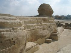 1280px-Back_of_Sphinx,_Giza_Egypt
