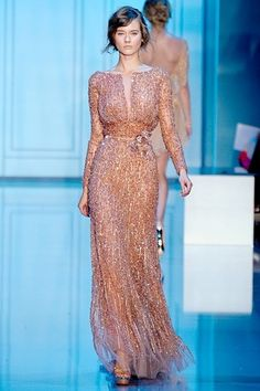 Ellie Saab's unmistakable beadwork. Gorgeous.