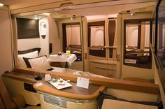 first class suites singapore airlines