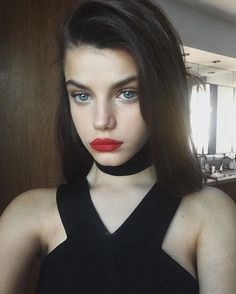 Who is the next internet it girl model?
