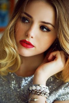 Red lips and black liner