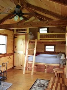25 Interesting Small Home Decor Ideas You Must Have Top 25 interessante kleine Wohnkultur-Ideen, die Tiny Cabins, Tiny House Cabin, Tiny House Living, Tiny House Plans, Cabin Homes, Amish Cabins, Small Cabin Plans, Small Log Cabin, Small Cabin Decor