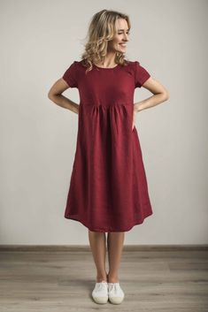 Linen maternity dress. Tailor made by CozyBlue, Lithuania.