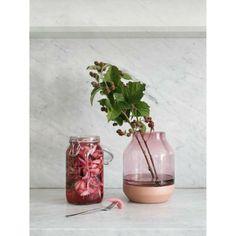 Elevated vase, rosa i gruppen Innredningsdetaljer / Dekorasjon / Vaser & Krukker hos ROOM21.no (116699)