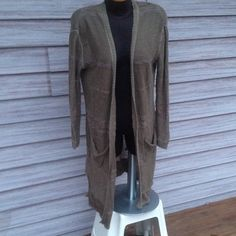 Free People Long Open Front Cardigan Olive green color. Pockets on front. No flaws. Free People Sweaters Cardigans