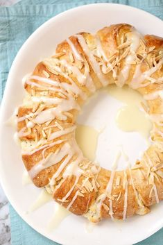 This Almond Coffee Cake Ring or tea ring is a slightly sweet yeast bread filled . This Almond Coffee Cake Ring or tea ring is a slightly sweet yeast bread filled with almond paste and cream cheese a Easter Dinner Recipes, Brunch Recipes, Holiday Recipes, Cake Recipes, Easter Desserts, Easter Brunch, Easter Treats, Bread Recipes, Dessert Recipes