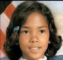 Hally Berry - very pretty child but i don't see halle berry . Celebrities Before And After, Celebrities Then And Now, Young Celebrities, Young Actors, Celebs, Beautiful Celebrities, Celebrity Yearbook Photos, Celebrity Babies, Celebrity Pictures