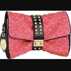 4f608ba34921 Louis Vuitton Limited Edition Pink clutch In fantastic condition!! Like  new. Limited edition