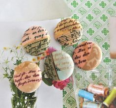 Fabric Buttons Covered Buttons Fridge Magnets Vintage by RetroNaNa, $5.50 Word Patterns, Very Lovely, Covered Buttons, Script, Magnets, Fabric, Handmade, Vintage, Tejido