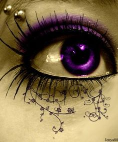 amethyst eye, my birthstone! ive always wanted purple eyes Purple Love, All Things Purple, Shades Of Purple, Purple Stuff, Pretty Eyes, Cool Eyes, Beautiful Eyes, Amazing Eyes, Eyes Without A Face