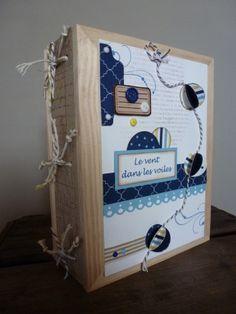 """Je suis bloquée à la maison par la neige... j'en profite donc pour mettre à jour mon blog !!! A l'automne dernier, je suis allée à la crop de Sylvie où elle nous a fait partager un très joli projet. On a utilisé les papiers """"teresa collins"""". J'ai mis..."""