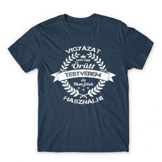 VIGYÁZAT, ŐRÜLT TESTVÉR! 😝   #apa #család #anya #ajándék #ajándékötlet #papa #mama #testvér Mens Tops, T Shirt, Bujo, Products, Supreme T Shirt, Tee Shirt, Tee, Gadget