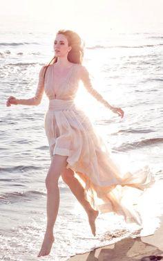 Lovely for a beach wedding / leila hafzi