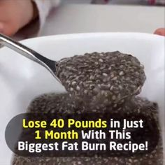 Lose 40 Pounds in Just 1 Month With The Biggest Fat Burn Recipe! The Biggest Fat Burn Recipe Of All Time Is In Front Of You! Ingredients 1 ½ of glasses of water A tablespoon of raw organic honey A tablespoon of Chia seeds A glass of lemon juice Weight Loss Meals, Weight Loss Detox, Detox Water To Lose Weight, Weight Loss Water, Healthy Food To Lose Weight, Weight Gain, Diet Drinks, Healthy Drinks, Healthy Life