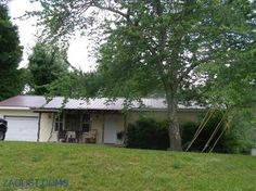 House for sale at 32 Jada Dr., Crossville, TN 38555  - Zaglist.com® #HouseForSale #House #ForSale #Zaglist #Realestate #Crossville