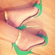 Find images and videos about style, shoes and heels on We Heart It - the app to get lost in what you love. Crazy Shoes, Me Too Shoes, Sexy Heels, High Heels, Shoe Boots, Shoes Heels, Heeled Loafers, Shoe Art, Designer Heels