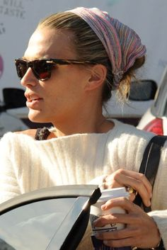 Molly Sims scarf hairstyle