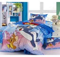 Colorful Tom and Jerry Bedding