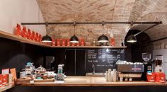 Hippe espressobar onder prachtige gewelven in Boedapest