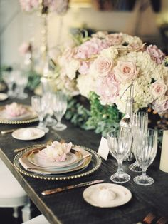 Parisian inspired wedding table: http://www.stylemepretty.com/little-black-book-blog/2014/10/16/charming-parisian-garden-wedding-inspiration/ | Photography: Krista A Jones - http://kristaajones.com/