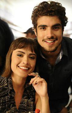 'Amor à Vida': Caio Castro e Maria Casadevall conversam em inglês nos bastidores | Notas TV - Yahoo TV