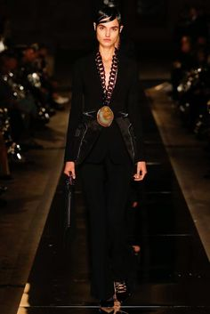 Givenchy Spring 2017 RTW