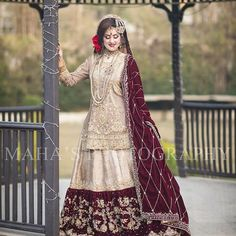 All Ethnic Customization with Hand Embroidery & beautiful Zardosi Art by Expert & Experienced Artist That reflect in Blouse , Lehenga & Sarees Designer creativity that will sunshine You & your Party Worldwide Delivery. Bridal Dresses 2017, Bridal Mehndi Dresses, Nikkah Dress, Shadi Dresses, Asian Wedding Dress, Pakistani Formal Dresses, Pakistani Wedding Outfits, Bridal Dress Design, Pakistani Bridal Dresses